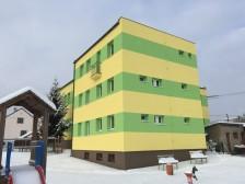 zateplení fasády ZŠ Holoubkov