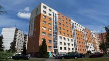 Revitalizace panelového domu v Plzni Lochotíně, Manětínská ul. č.1
