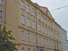 Rekonstrukce historické fasády v Praze Libni, Sokolovská ul. č.2